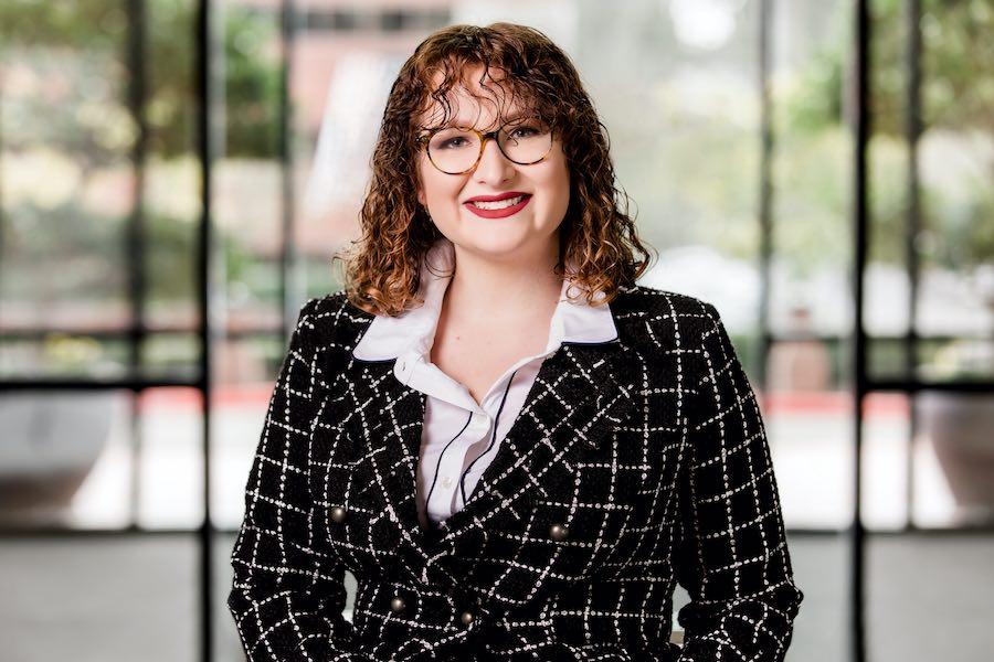 Elana Lynn - Legal Assistant in Portland Oregon